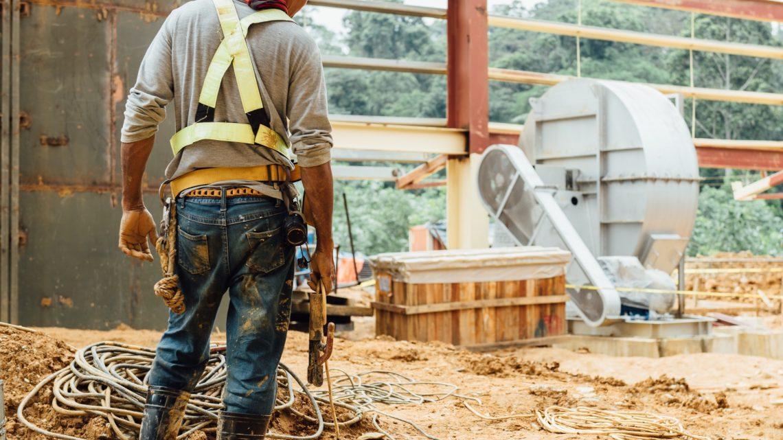Comment trouver le bon artisan pour des travaux à la maison ?